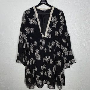 Sequin Heart Embroidered Floral Tunic Top